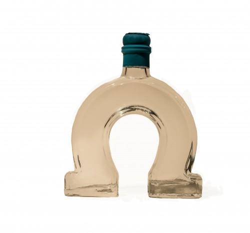 Gin Longwood17 Small Batch Dry Distilled in der Hufeisen Flasche