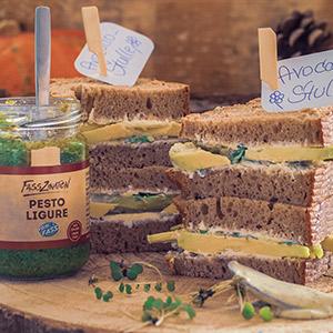 Avocado-Stulle mit Pesto Ligure