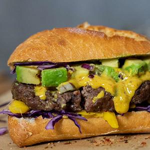 BBQ-Burger mit Mango und Exotic BBQ-Senf