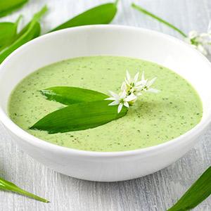 Bärlauch-Pastinaken-Suppe