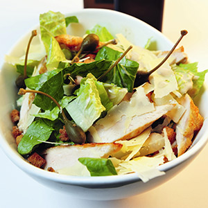 Dressing für Caesar-Salad (mit Kochcast)