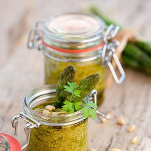 Grünes Spargel-Pesto